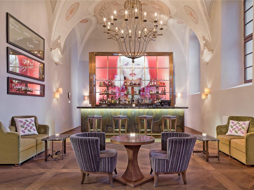 Cinco hotéis históricos em Praga, na República Tcheca